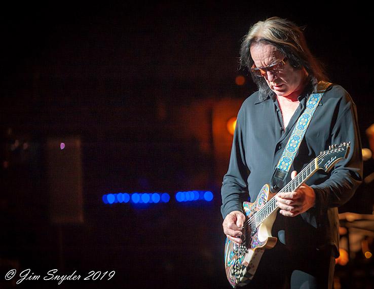 Todd-Rundgren-Individualist-gim-snyder